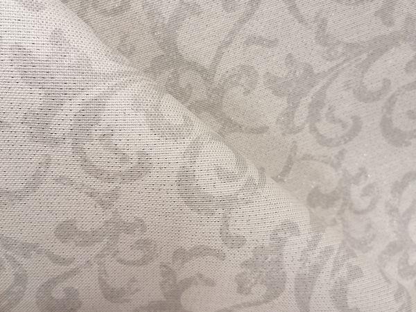 Rokokó mintás asztalterítő  lurex szállal  RO001