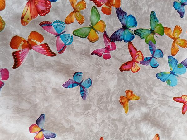 Pillangóvarázs asztalterítő APR02